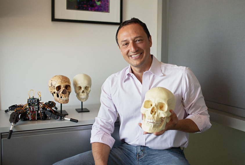 Portrait of scientist Alysson Muotri
