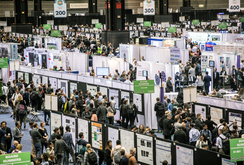 Poster session at Society for Neuroscience meeting in large conference hall